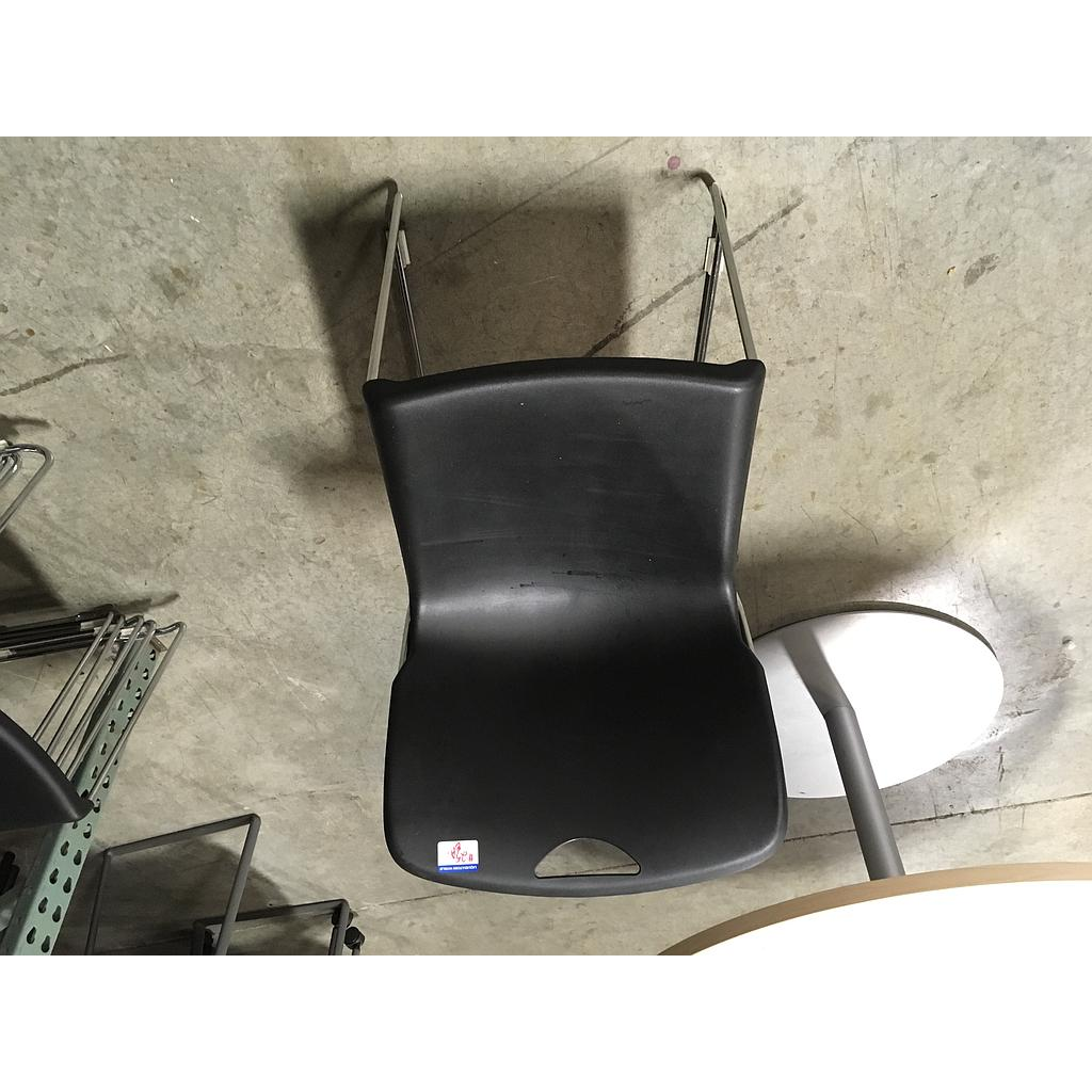 Chair w/ black plastic seat and back